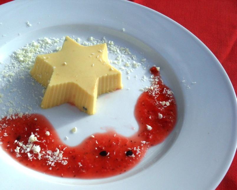 grenedella pudding with a strawberry sauce recipe