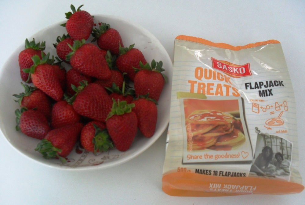 Sasko crumpet Quick treat and strawberries