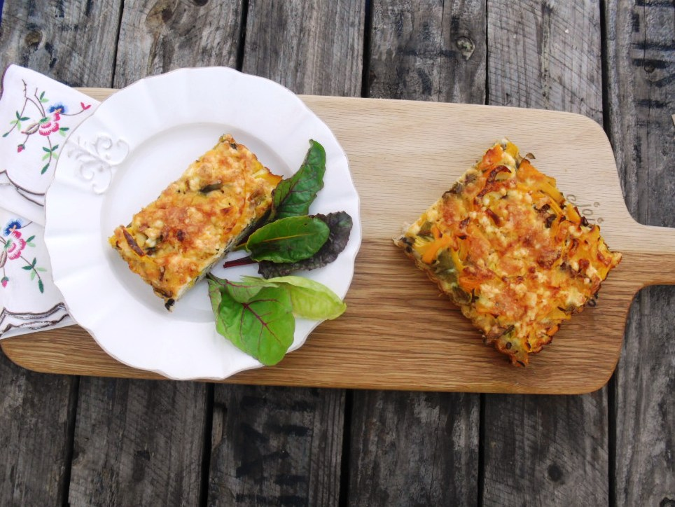 Vegetarian tart with brown rice basis