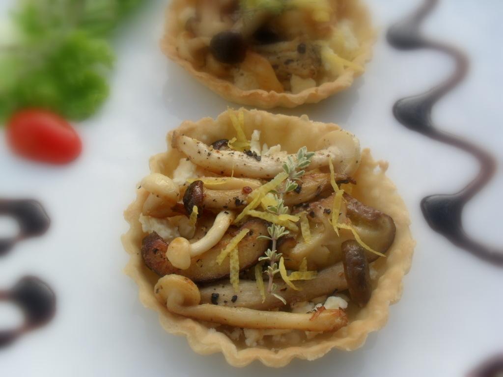 Mushroom tarts