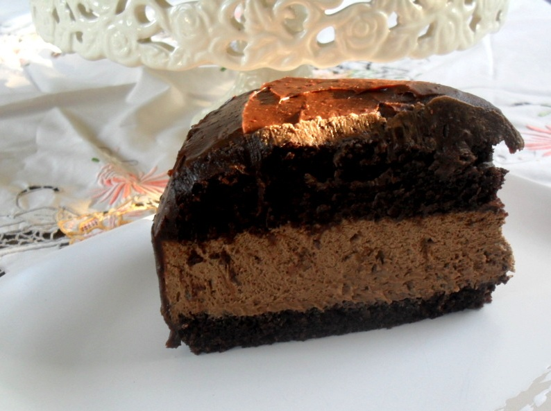 Slice of a chocolate mousse cakeRA>