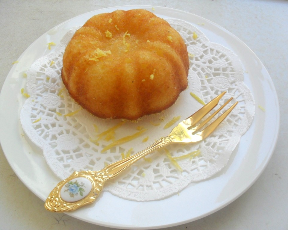 Old fashioned lemon dessert