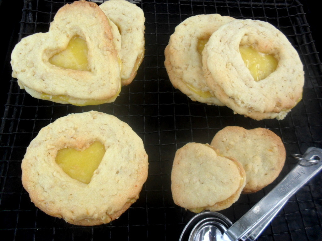 crunchie biscuits with lemon